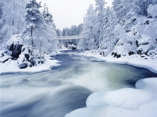 Frozen River (desktopnexus)