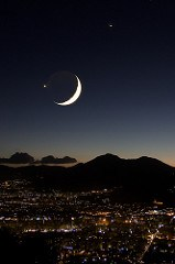 Moon, Jupiter, Venus on Palermo